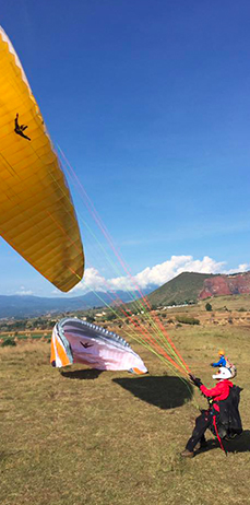 Despegue parapente vuelo libre